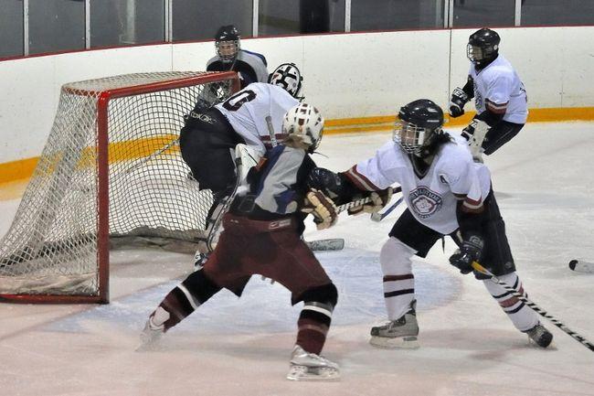Le tournoi de hockey féminin Sherwood de Sorel-Tracy se déroulera à l'aréna Aussant les 24 et 25 avril. | gracieuseté