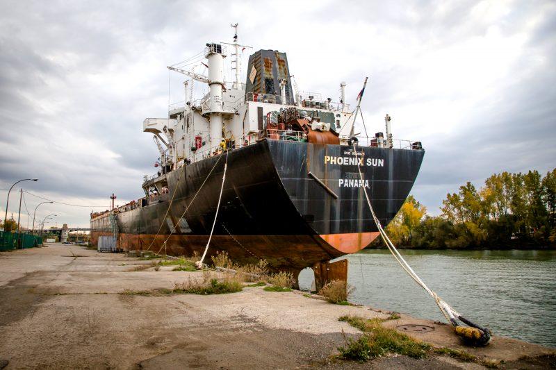 Le Phoenix est au quai de Sorel-Tracy depuis  novembre 2012. | TC Média - Pascal Cournoyer