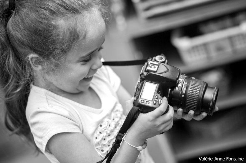 Publié le 24 octobre 2017 | Tous les jeunes ont été en mesure d'utiliser des appareils photo. | Photos par TC Média - Gracieuseté Valérie-Anne Fontaine
