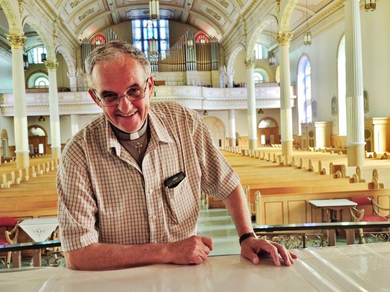 Le chanoine Gérald Ouellette se dit satisfait des décisions prises pendant sa première année à la tête des paroisses de la région. | Photo: TC Média - Julie Lambert