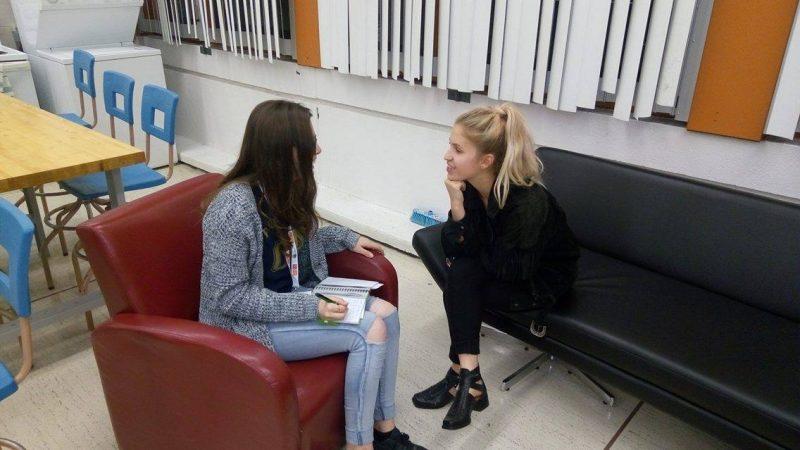 La journaliste en herbe Sarah Rodrigue a interviewé Claudia Bouvette, le 1er juin. | Gracieuseté