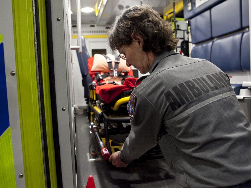 Les ambulanciers de la région pourrait se servir d'un mandat de grève au cours des prochains mois. | Agence QMI/ QMI Agency