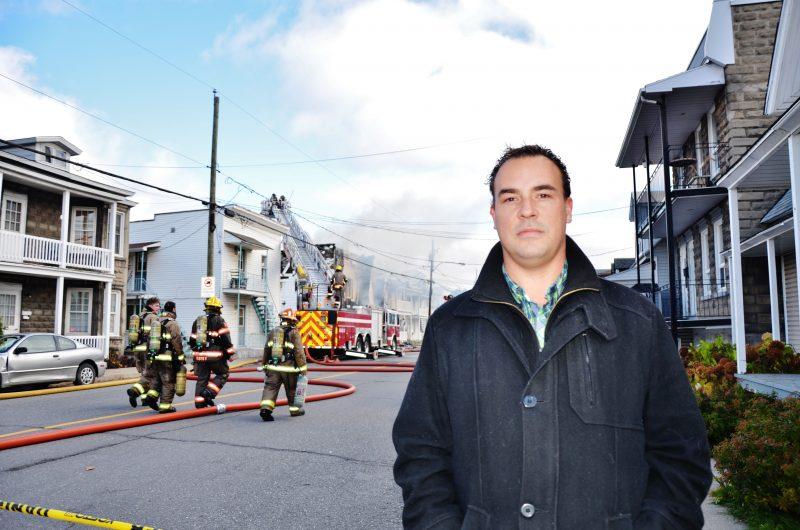 Le bon Samaritain Carl Boisvert a aidé lors de l'évacuation des appartements sur la rue Adélaïde où l'incendie a eu lieu le 4 novembre. | Photo: TC Média – Julie Lambert