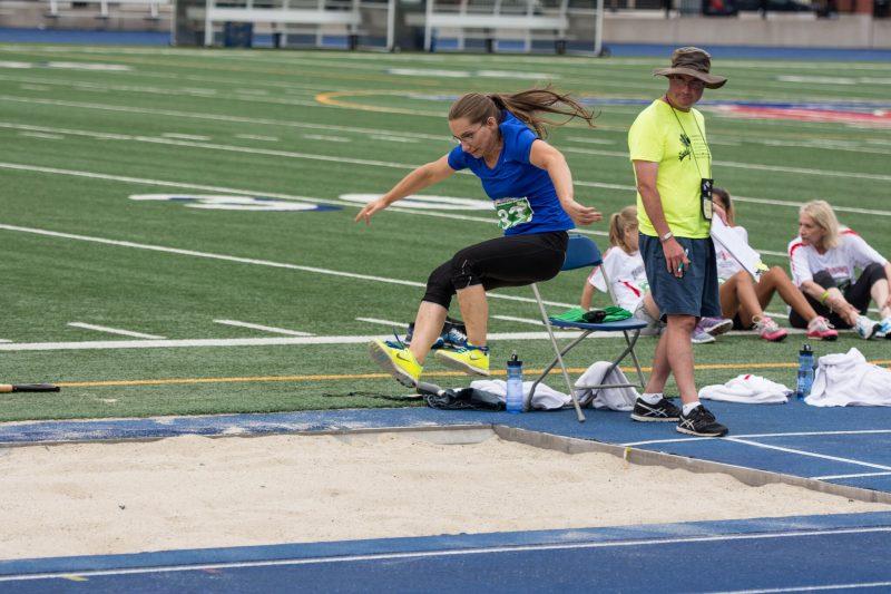 Le saut en longueur est une des cinq épreuves d'Audrée Descheneaux. | Photo: gracieuseté