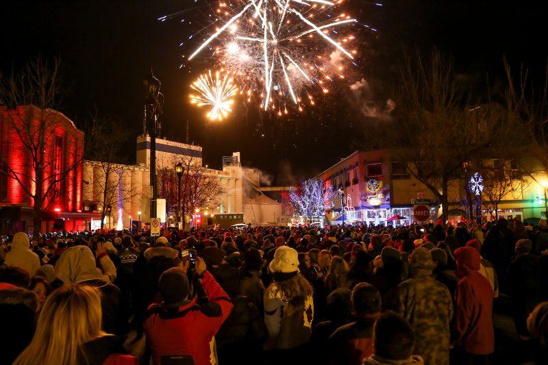 La première édition du Party du réveillon a rassemblé près de 1000 personnes au centre-ville de Sorel-Tracy le 31 décembre. | Photo: TC Média - Pascal Cournoyer