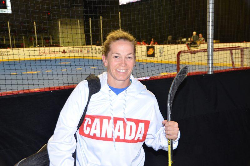 Chantal Guèvremont a disputé tout un tournoi au Championnat mondial de DEK Hockey, à Saint-Roch-de-l'Achigan, du 20 au 24 septembre. | Photo: TC Média – Jean Joubert
