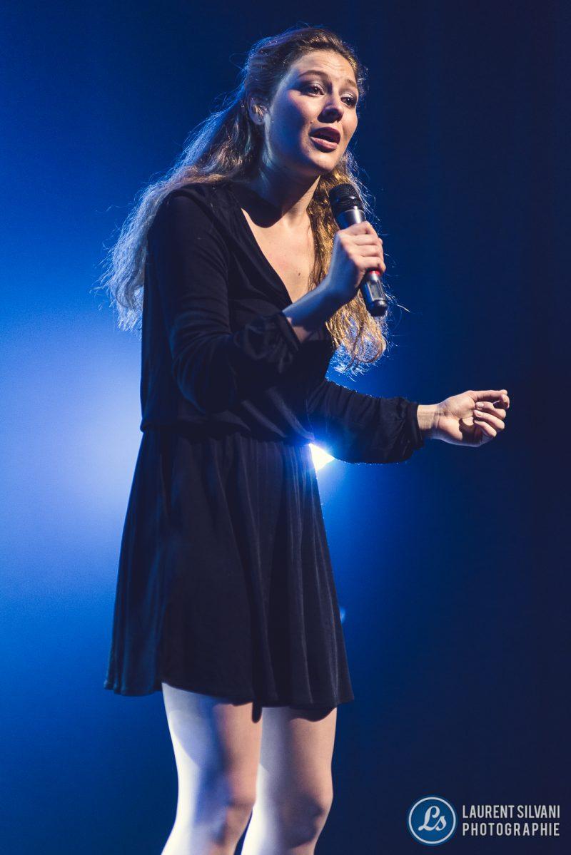 Luna Dansereau a interprété un poème lors de la finale nationale de Cégeps en spectacle. | Laurent Silvani