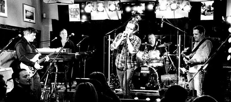 Le groupe sorelois The B Blues band montera sur la scène du Pub O'Callaghan le vendredi 7 août . | tirée de Facebook