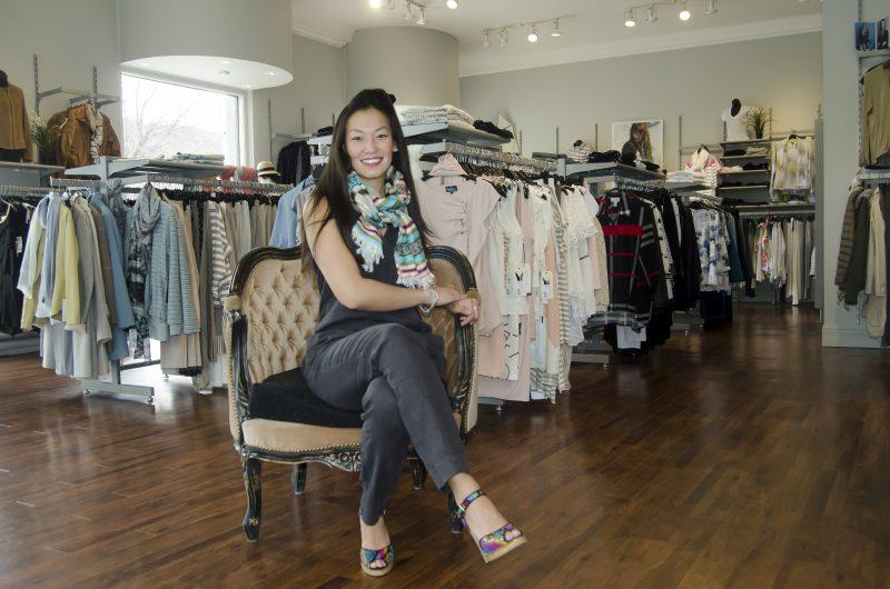 Laura-Kim Houle s'est associée à Jocelyne Gaudette en mars dernier dans ce qui allait devenir la boutique Dentelle et Denim. | Stéphane Martin