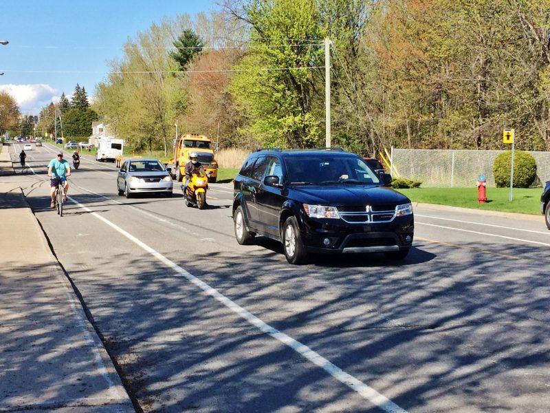 La modernisation du réseau cyclable municipal avait créé des remous alors qu'une pétition comptant une centaine de signatures de résidents du chemin St-Roch avait été déposée le 6 juin dernier. | Photo: TC Média – Julie Lambert