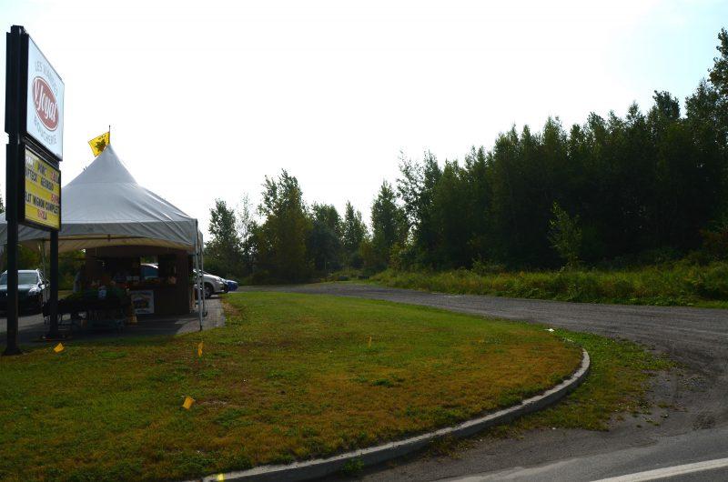 Le président de l'entreprise Canac se montre intéressé à acheter le terrain de la ville de Sorel-Tracy situé sur le boulevard Poliquin. | Tc Média - Archives
