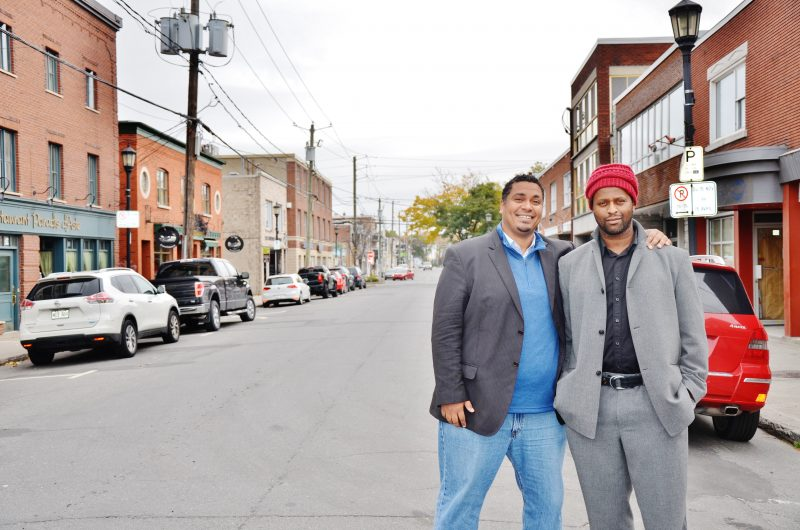 Les frères Steve et Bradley Saint-Louis veulent utiliser leur commerce situé au 36 rue Augusta pour redynamiser la rue. | Photo: RC Média - Julie Lambert
