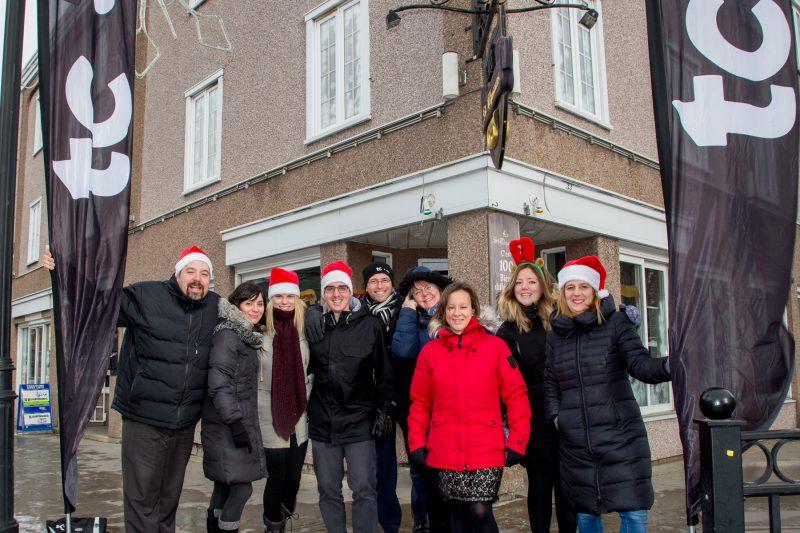 Toute l'équipe du journal Les 2 Rives a participé à l'événement le 8 décembre. | Pascal Cournoyer