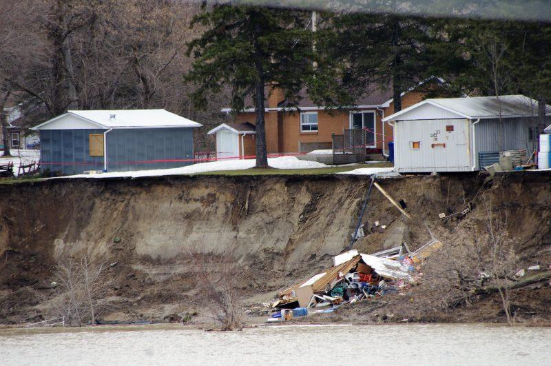 La rallonge de la remise n'a pas tenu le coup à la suite du glissement de terrain. | Photo: gracieuseté