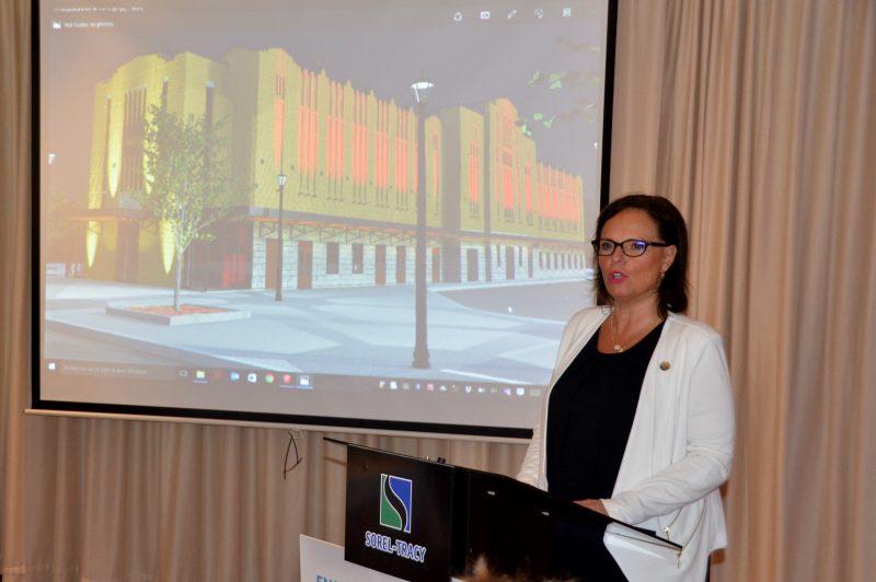 La ministre responsable de la Montérégie, Lucie Charlebois, était présente lors du lancement des travaux.   Photo: TC Média - Jean-Philippe Morin