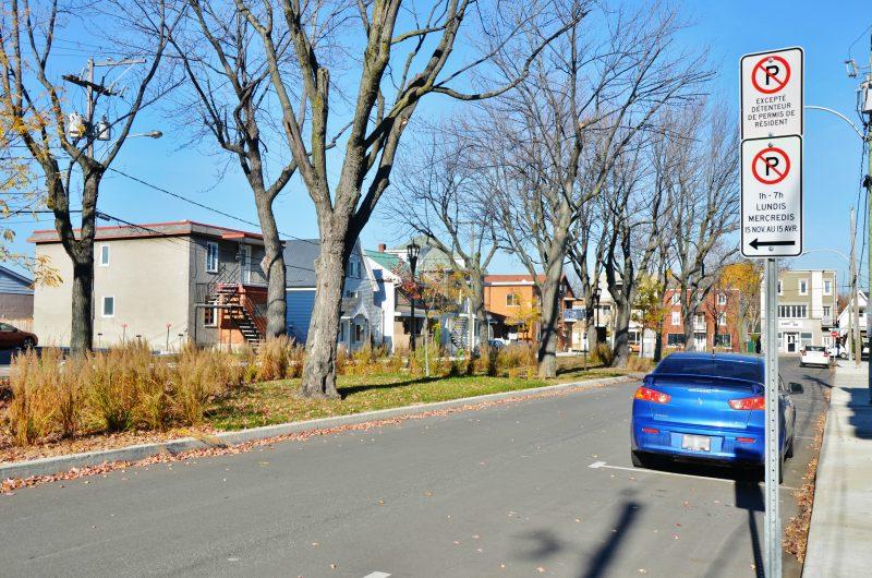 Il est désormais interdit de se stationner de nuit dans les rues de Sorel-Tracy, sauf dans certains secteurs avec une vignette. | Photo: TC Média – Julie Lambert