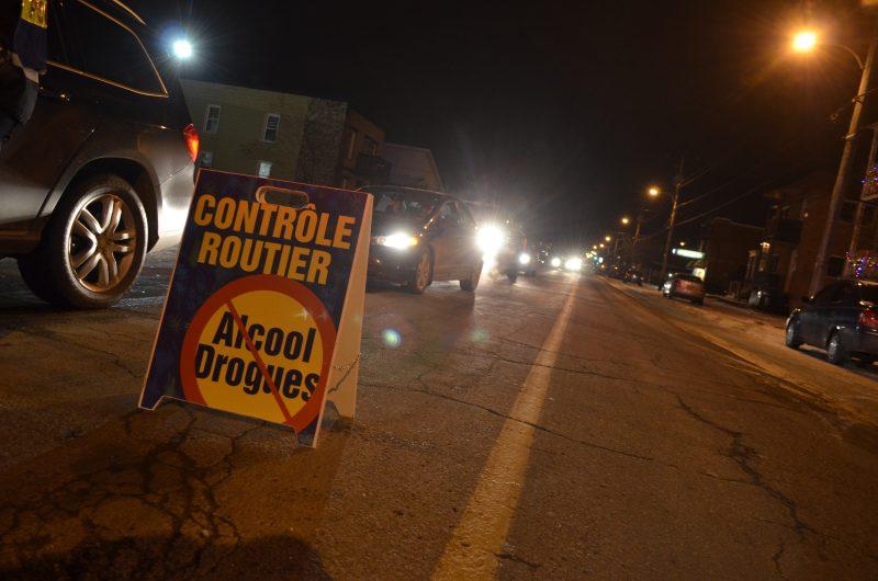 À l'approche des fêtes, les policiers de la Sûreté du Québec sont en mode action afin de sensibiliser les automobilistes à la conduite avec les facultés affaiblies. | TC Média - Stéphanie MacFarlane