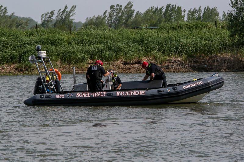 Le Service de sécurité incendie de Sorel-Tracy recherche activement un bateau qui aurait sombré dans les îles de Sorel, dimanche matin. | Photo: TC Média - Pascal Cournoyer