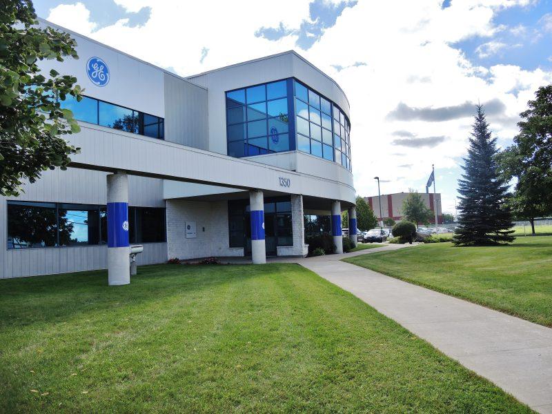 Selon le député Sylvain Rochon, ce contrat aurait des impacts sur les emplois de General Electric  à Sorel-Tracy. | TC Média - archives