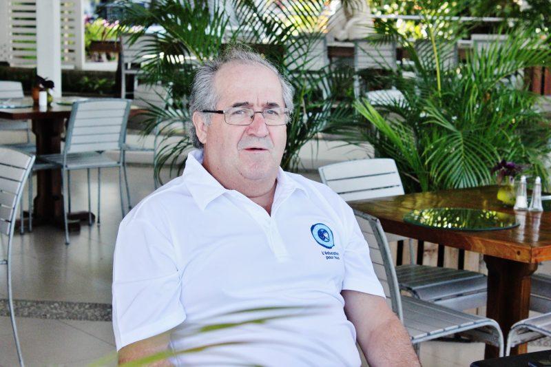 L'ingénieur de Saint-Roch-de-Richelieu, Bernard Cyr, a contribué à fournir de l'électricité à des citoyens de Labrousse en Haïti. | Photos: Gracieuseté