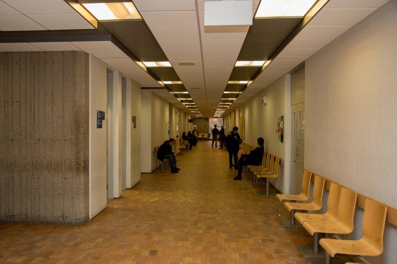 Le corridor au premier étage du palais de justice de Sorel-Tracy. | TC Média - Pascal Cournoyer