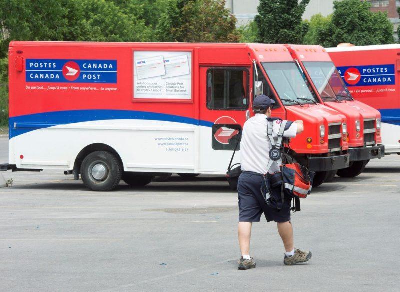 Les négociations entre Postes Canada et ses employés se poursuivent sans menace d'interruption du service postal. | Photo: TC Média – Archives