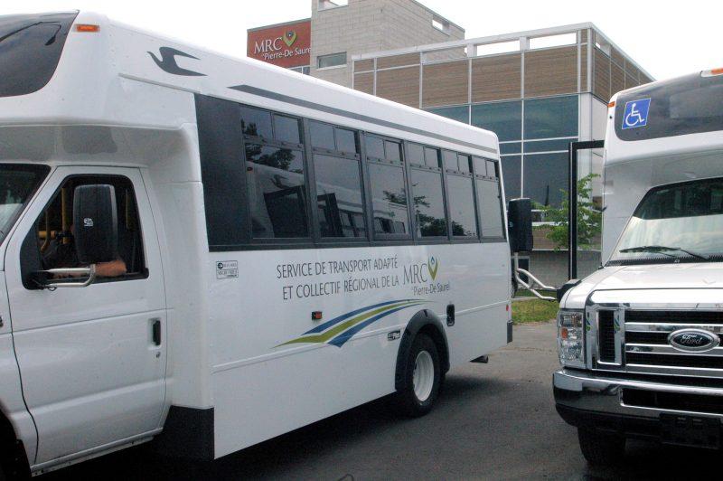 Les véhicules affectés au transport adapté et collectif desservent les personnes handicapées de tout le territoire de la MRC de Pierre-De Saurel. | Photo: TC Média - archives
