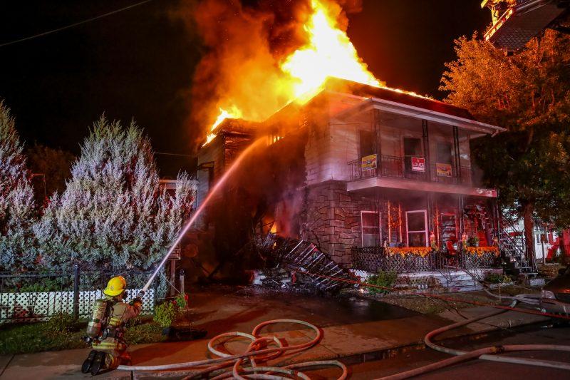 Un incendie a eu lieu vers 1h20 ce matin sur la rue Provost à Sorel-Tracy. | Photo: TC Média - Pascal Cournoyer