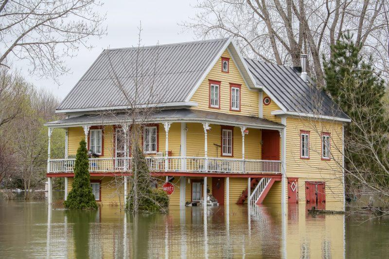 L'inondation est un phénomène naturel qui bouleverse le quotidien de bien des gens | Photo: TC Média - Pascal Cournoyer