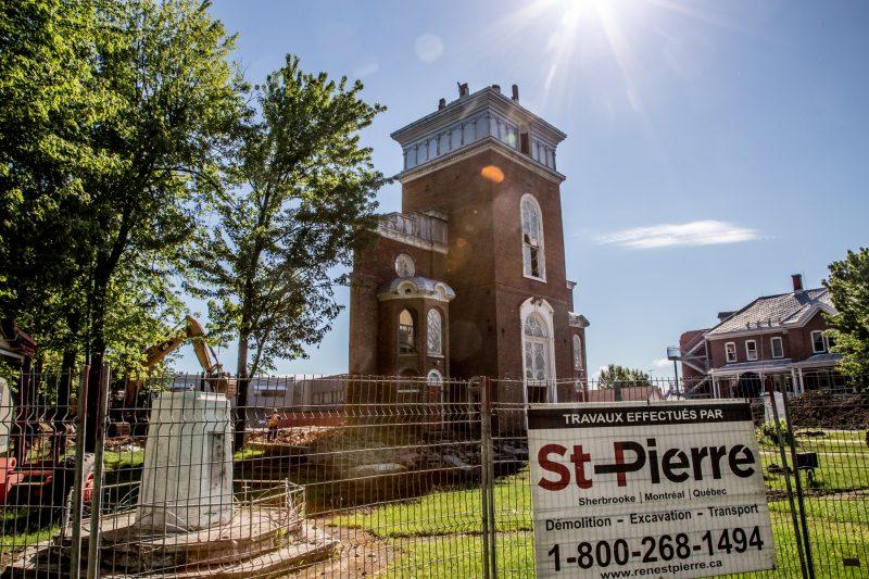 L'église de Pierreville ne sera qu'un souvenir dans quelques jours. | Photo: TC Media – Pascal Cournoyer