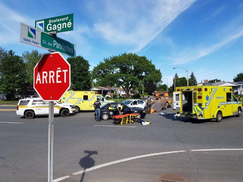 Une violente collision est survenue à l'angle du chemin des Patriotes et du boulevard Gagné mercredi en fin d'après-midi, | Photo: Pascal Gagnon