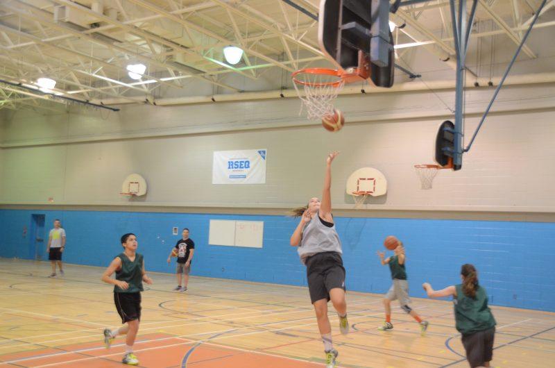 Les joueuses ont effectué plusieurs exercices en vue des Jeux du Québec. | Photo: TC Média – Jean-Philippe Morin