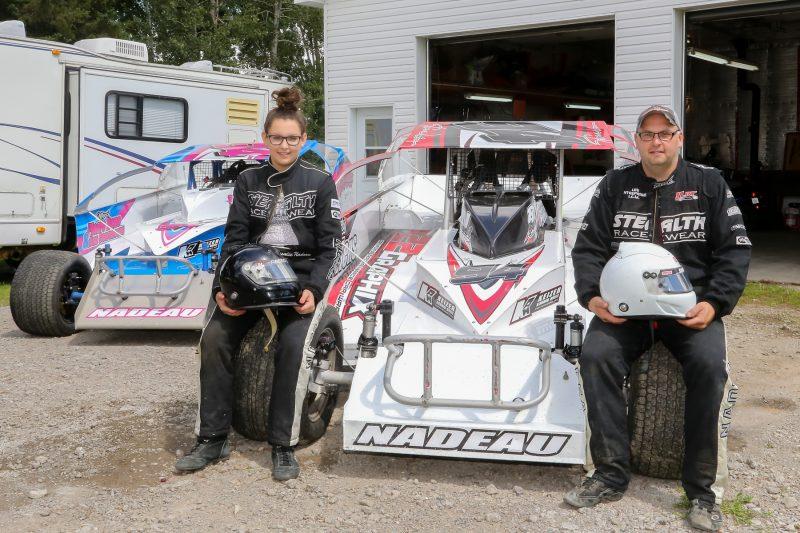 Steve Nadeau et sa fille Rosalie participent aux courses de l'Autodrome Granby chaque fin de semaine de l'été. | TC Média - Pascal Cournoyer