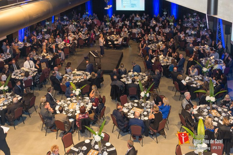 Plus de 340 personnes ont assisté à la soirée le 8 novembre, à la salle Catherine-Legardeur. |  © www.philippemanning.photos