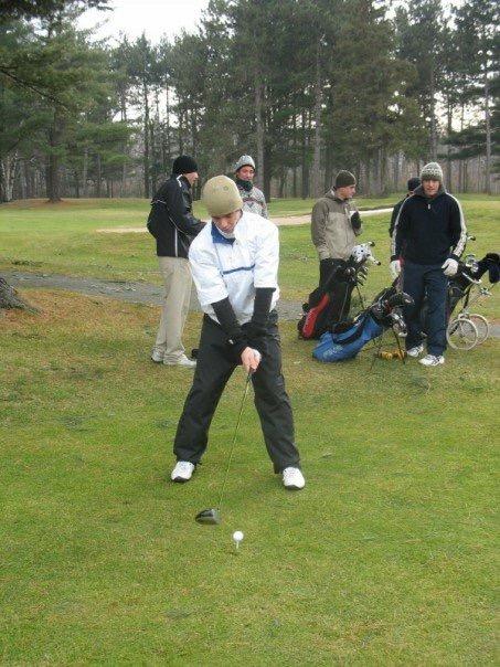 En 2006, une poignée de joueurs avait foulé le terrain du Club de golf Les Dunes, le jour de Noël | Gracieuseté - Jasmin Frappier