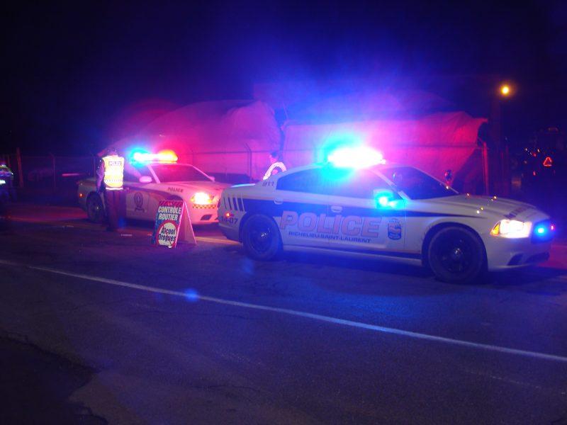 Les policiers ont tenu un point de contrôle le 13 décembre pour sensibiliser les conducteurs aux dangers de la conduite avec les facultés affaiblies. | Gracieuseté - Sûreté du Québec