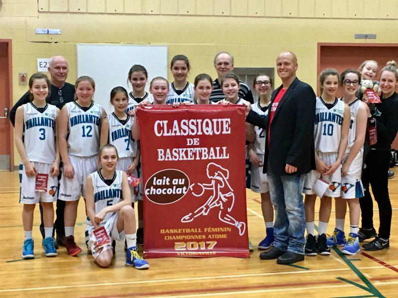 Les Vaillantes de Sainte-Victoire-de-Sorel ont remporté le tournoi de mini-basket atome. | Gracieuseté