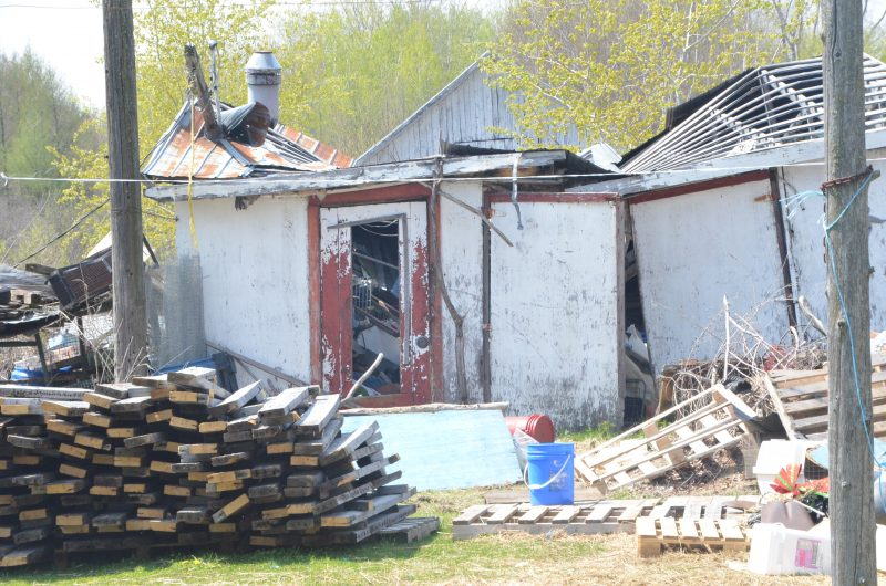 La propriétaire Dominique Bérubé veut reconstruire ce cabanon dans les prochains mois. | TC Média - Jean-Philippe Morin