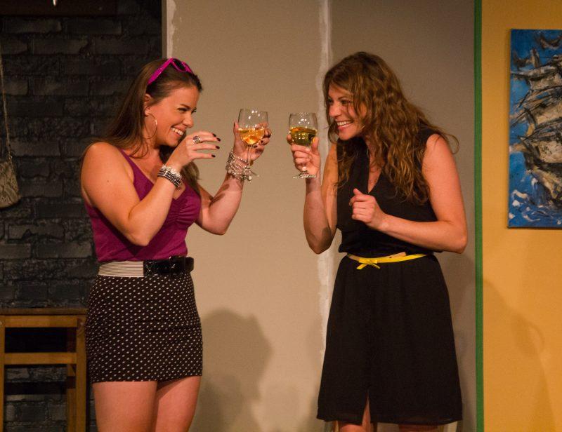 Mirianne Brulé incarne Valérie dans cette pièce québécoise et Catherine Renaud celui de Christine. | Photo : TC Média - Archives