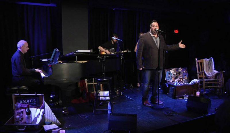 Près de 130 personnes étaient réunies à la Salle Claude-Léveillée de la Place des Arts de Montréal pour assister au premier spectacle solo du chanteur Éric Bernier. | Photo: Gracieuseté