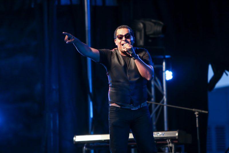 Près de 2000 personnes ont assisté au spectacle de Grégory Charles le 15 juillet. | TC Média - Pascal Cournoyer