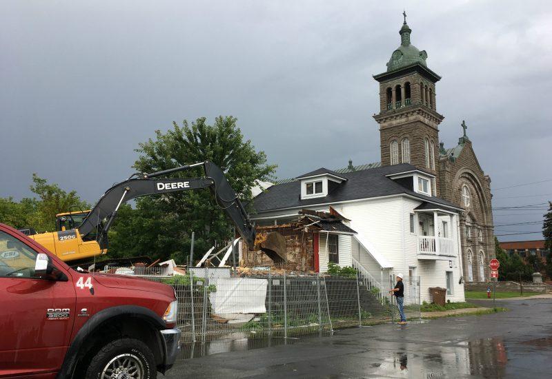 Les anciennes maisons des Hells Angels ne feront plus partie du paysage sorelois. | Photo: TC Media – Kevin Arseneault