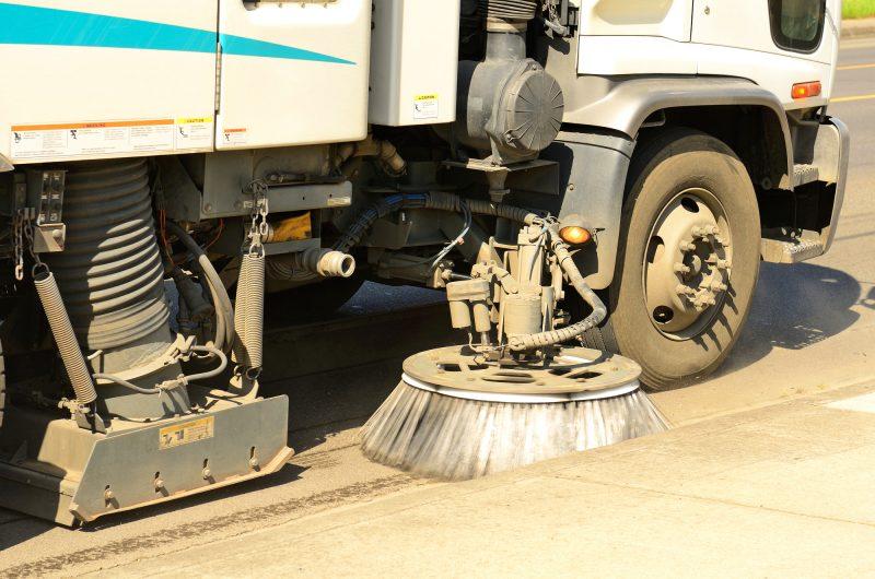La Ville de Contrecoeur avait prévu de balayer les rues dès le 24 avril, mais le processus démarrera plutôt le 3 mai. | depositphotos.com