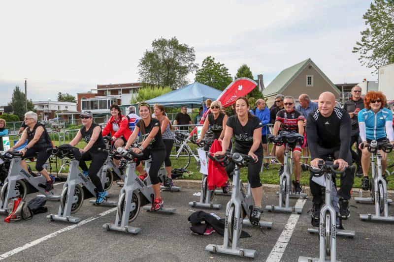 L'équipe de Vélo-Cardio était sur place. | Photo: TC Média - Pascal Cournoyer