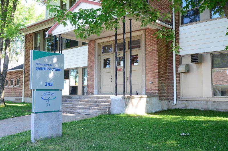 L'école Sainte-Victoire est considérée comme établissement Vert Brundtland depuis le 1er juin 2012. | TC Média - archives