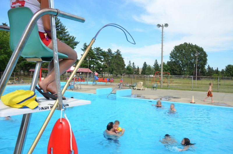 Avec une journée aussi chaude aujourd'hui, c'est peut-être le temps de profiter de la piscine! | TC Média - archives