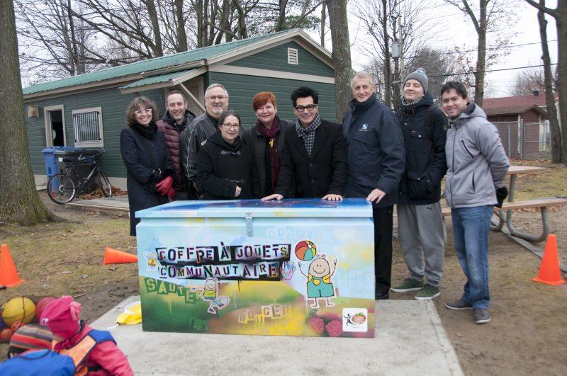 Un premier coffre à jouets communautaire à Sorel-Tracy.   Photo: Gracieuseté - Ville de Sorel-Tracy