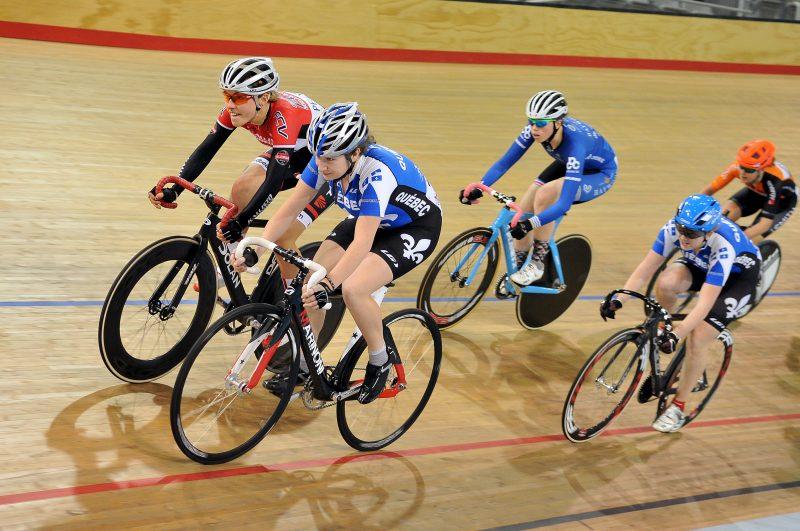 Laurie Jussaume en action lors des Championnats canadiens sur piste en avril dernier. La course a eu lieu au vélodrome de Milton, en Ontario. | Michel Guillemette - 2014, Tous droits reserves