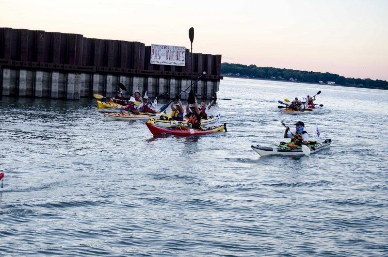 Les kayakistes sont arrivés à Sorel-Tracy le 18 août, en début de soirée. | Photo: TC Média – Stéphane Martin