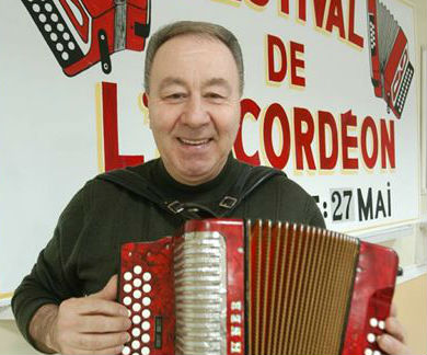 L'accordéoniste Guy Rousseau savait animer spectacles et festivals. | Photo TC Média - Archives